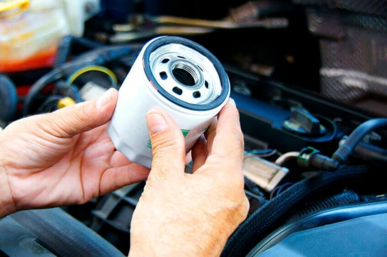 O filtro de óleo deve ser substituído quando se troca o lubrificante?
