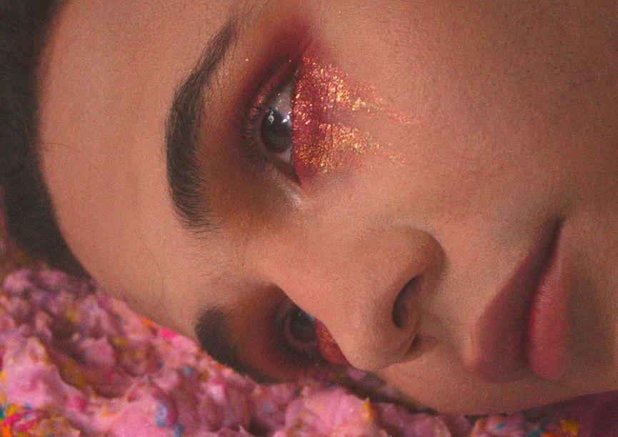 Novo single da Emerald Hill parece neto de Renato Russo com Peter Gabriel